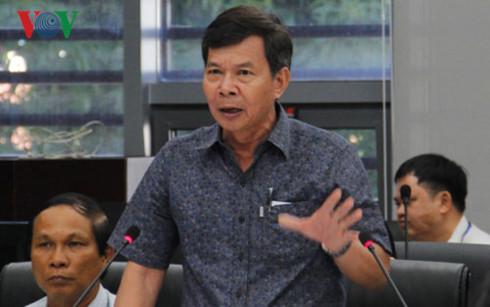 Môi trường ô nhiễm, dự án chậm triển khai, an toàn giao thông... là một số vấn đề được cử tri thành phố Đà Nẵng phản ánh tại Chương trình HĐND thành phố với cử tri