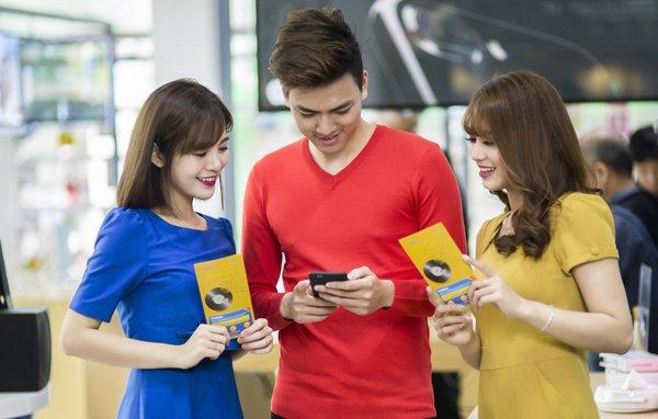 Người trẻ nâng đời smartphone