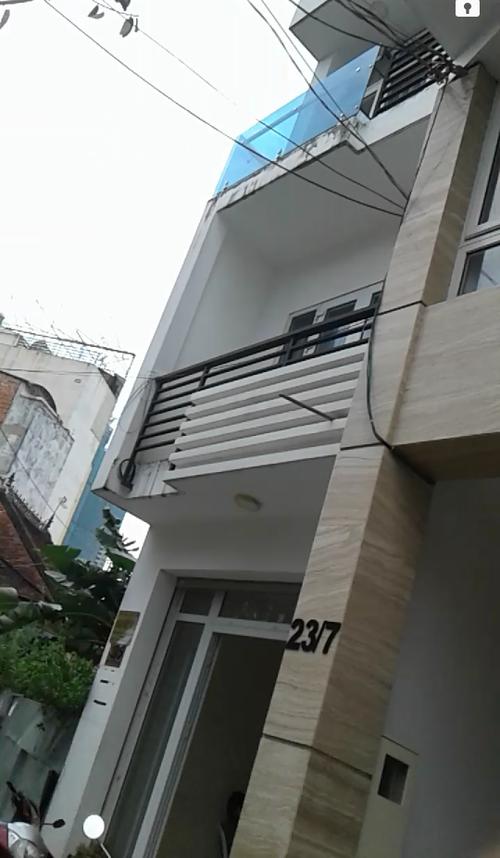Tòa nhà ở địa chỉ 23/7 nơi Lam đến liên hệ xin việc.