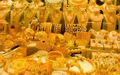 Hiện chưa có nhiều yếu tố tích cực hỗ trợ cho giá vàng (Ảnh minh họa: KT)