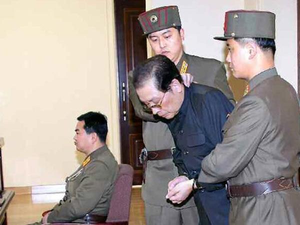Jang Song-Thaek trước khi bị xử tử vì tội mưu phản.