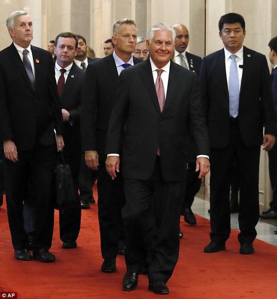 Ngoại trưởng Mỹ Rex Tillerson tiết lộ rằng Mỹ đang  liên lạc trực tiếp  với Triều Tiên. Ảnh: AP