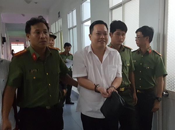 Nguyễn Huỳnh Đạt Nhân tại thời điểm bị cơ quan Công an Cần Thơ bắt giữ