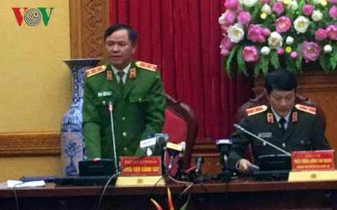 Trung tướng Trần Văn Vệ - Quyền Tổng Cục trưởng Tổng cục Cảnh sát mở đầu thông tin về buổi họp báo