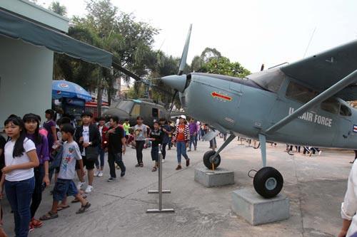 <br />UBND TP HCM đề nghị tăng phí tham quan tại Bảo tàng Chứng tích chiến tranh lên 40.000 đồng/lượt/người Ảnh: HOÀNG TRIỀU<br />