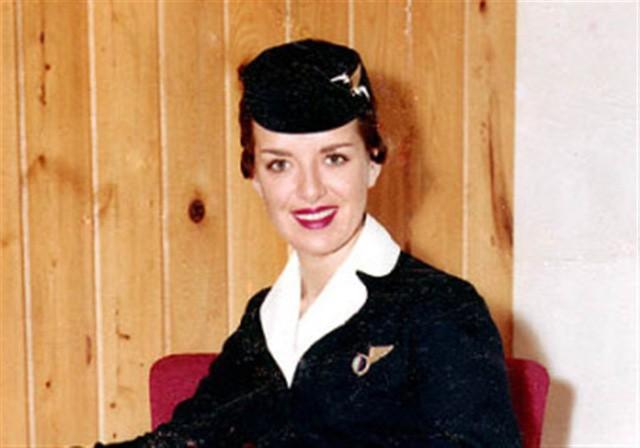 Nữ tiếp viên hàng không xinh đẹp Bette Nash khi còn trẻ.