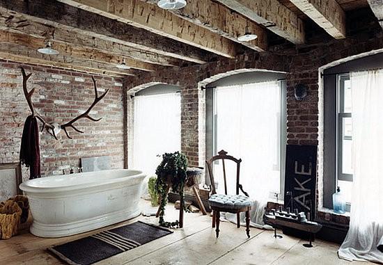 Phong cách thiết kế thô mộc, giản dị chắc chắn sẽ tạo cảm giác gần gũi cho không gian tắm.