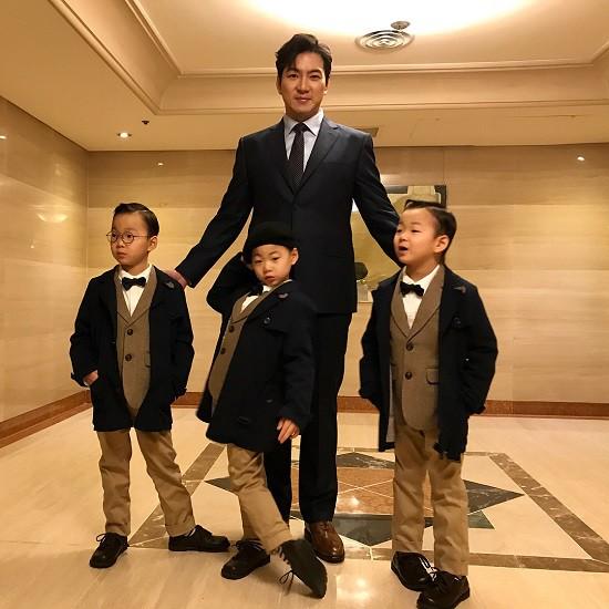 Hình ảnh mới nhất của ba anh em tại Liên hoan Phim quốc tế Busan vừa qua.