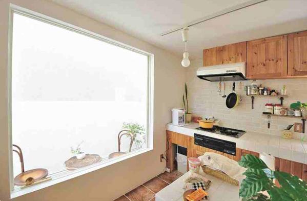 Thiết kế này giúp gia chủ giảm thiểu tối đa lượng tiêu thụ điện năng dùng thể thắp sáng cho ngôi nhà.