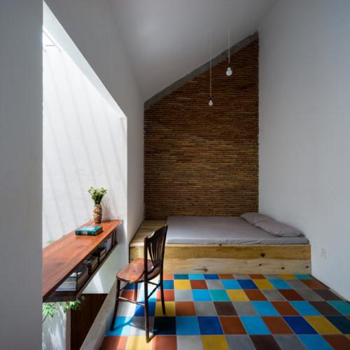 Toàn bộ tầng 2 được bố trí với 3 phòng ngủ và khu vệ sinh chung.