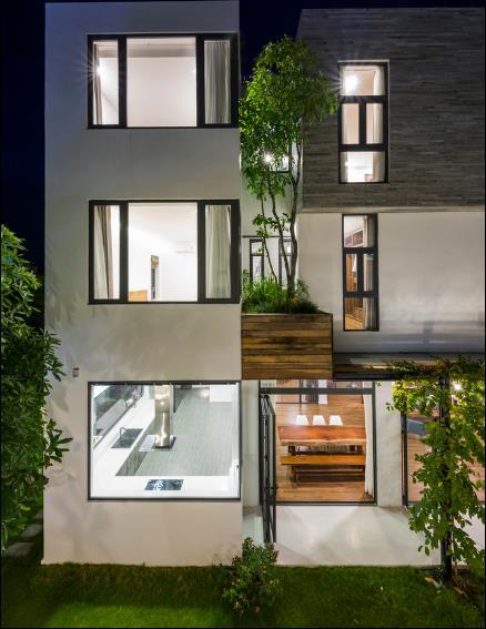 Thiết kế tuyệt đẹp của ngôi nhà đã tạo nên một không gian sống hoàn hảo và đáng mơ ước. Một không gian xanh, thư thái, thanh bình.