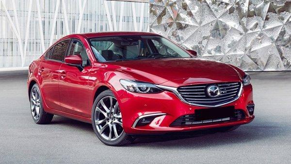 Cận Tết, thị trường ô tô ngày càng sôi động, giá bán giảm.