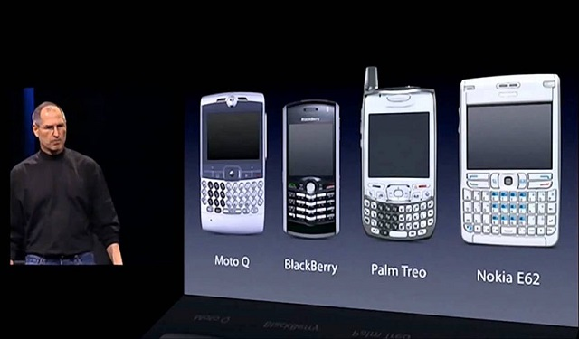 Death Note của Steve Jobs. Không phải vô cớ mà tất cả các hãng kể tên từ vị thế khổng lồ đi dần vào chỗ chết.
