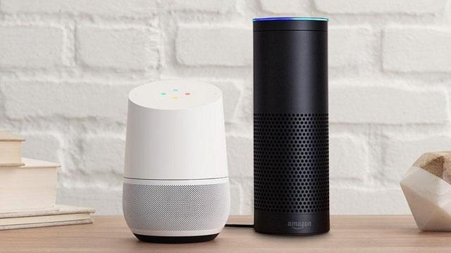 Đến cả Google còn phải vội vã bám đuổi Amazon trong cuộc cách mạng công nghệ tiếp theo của thế giới.