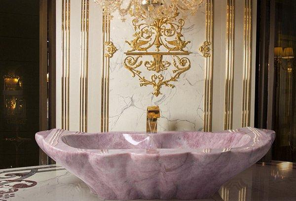 Được tắm trong một trong những bồn tắm sang trọng này là một giấc mơ. Chúng giúp người dùng thoát khỏi những căng thẳng và lo âu thường nhật. Một cảm giác nguyên thủy nhất, đem lại sự thư thái tột cùng.