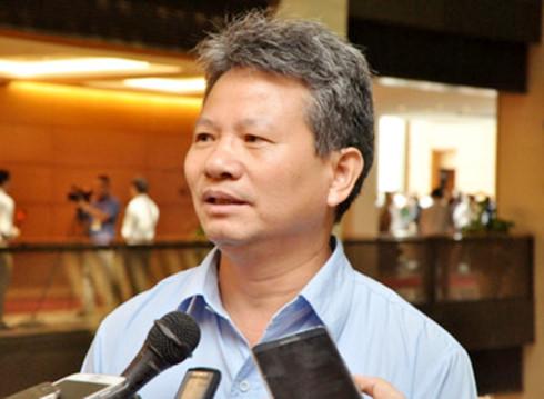 Đại biểu Đỗ Văn Sinh - Uỷ viên thường trực Uỷ ban Kinh tế.