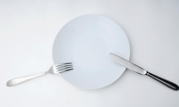 Nếu bạn muốn nhịn ăn, tốt nhất là hãy hỏi ý kiến bác sĩ trước