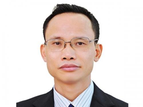 Ông Cấn Văn Lực