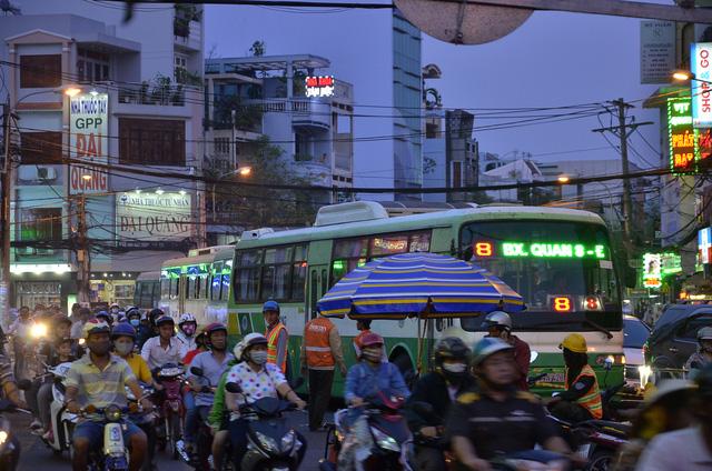 TP.HCM: Từ 13/2, hạn chế ô tô qua cầu Nhị Thiên Đường - Ảnh 4.