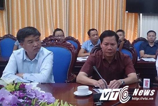 Ông Trương Quý Dương (Giám đốc BVĐK tỉnh Hòa Bình) trong buổi họp báo liên quan tai biến y khoa làm 7 người chết ngày 29/5 vừa qua. (Ảnh PV)