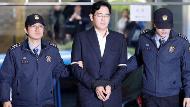 Lee Jae Yong đã bị tuyên án 5 năm tù.