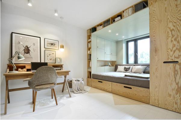 Hệ thống tủ kệ xung quanh giường vừa tiện lợi, gọn gàng vừa tiết kiệm tối đa qui mô.
