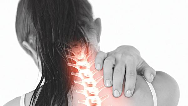 Một chứng đau đầu khác cũng dễ gây nhầm lẫn là thoát vị đĩa đệm vùng cổ