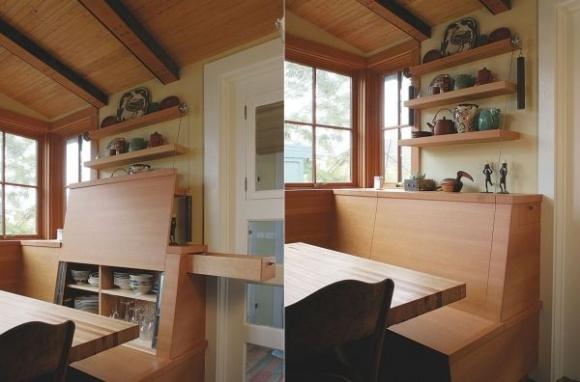 Một chiếc ghế đa năng vừa là nơi tiếp khách nhưng cũng vừa là không gian trữ đồ lý tưởng có thể dùng là nơi để cốc chén, bát đĩa cho gia đình.