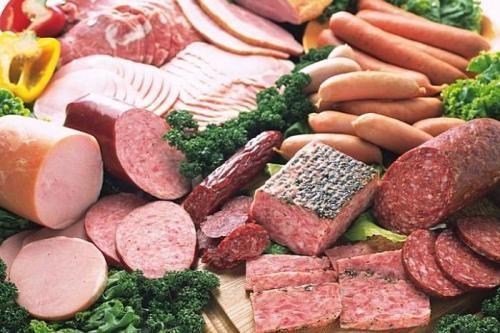 Thực phẩm chế biến sẵn luôn nằm trong danh sách đen của các chuyên gia sức khỏe vì mang nhiều tác h. (Ảnh minh họa).