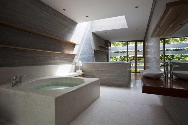 photo 5 1483242210996 Khám phá ngôi nhà để sống xanh giữa lòng Sài Gòn xô bồ