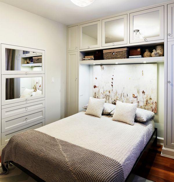 Với những căn phòng hạn chế về diện tích thì việc biến giường ngủ thành một khối liên hoàn với tủ đồ thế này quả là một ý tưởng vô cùng thông minh.