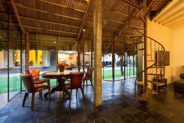 """Một không gian trong lành, mát mẻ khiến khách vào nhà có cảm giác như đang lạc vào một """"ốc đảo""""."""