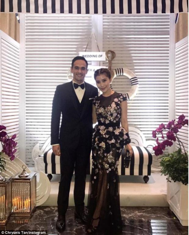 Chryseis và Faliq lớn lên cùng nhau và bắt đầu hẹn hò từ năm 2014.
