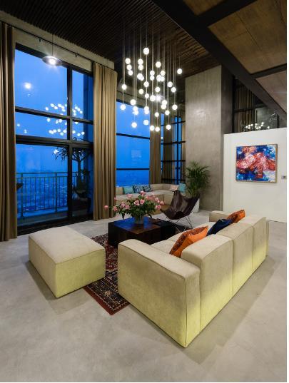 Từ đây khách và chủ nhà sẽ có những giây phút tuyệt vời ngắm toàn cảnh thành phố Hà Nội.