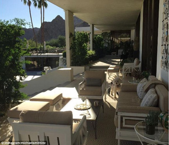 Ông Obama và vợ Michelle đang ở tại căn hộ của Đại sứ Tây Ban Nha James Costos ở khu nghỉ dưỡng Rancho Mirage. Ảnh: Daily Mail