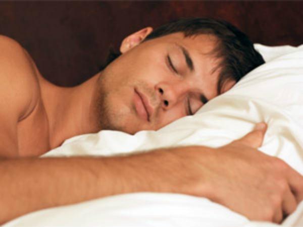 Trong độ tuổi 20, bạn có thể chỉ ngủ từ 4-5 tiếng. Nhưng khi có tuổi, bạn nên ngủ đủ 8 tiếng mỗi ngày.