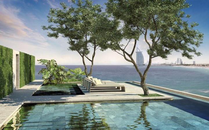 Sân thượng căn hộ cung cấp tầm nhìn liên tục ra vịnh Ả Rập.
