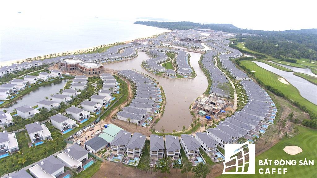 Sau khi hoàn thành xong khu Phú Quốc 1, Phú Quốc 2 hiện Vingroup đang xây dựng và hoàn thiện hàng trăm căn biệt thự biển ở Phú Quốc 3 và Phú Quốc 4.