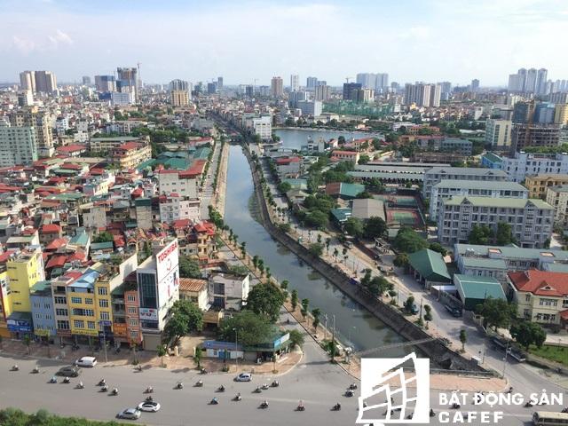 Tuyến phố Nguyễn Lân ven sông Lừ, đoạn chạy qua địa bàn quận Thanh Xuân, Hà Nội được lột xác gần một năm nay.