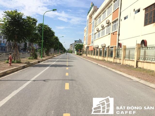 Giá đất mặt đường Nguyễn Lân đang được rao bán 125 triệu đồng/m2.