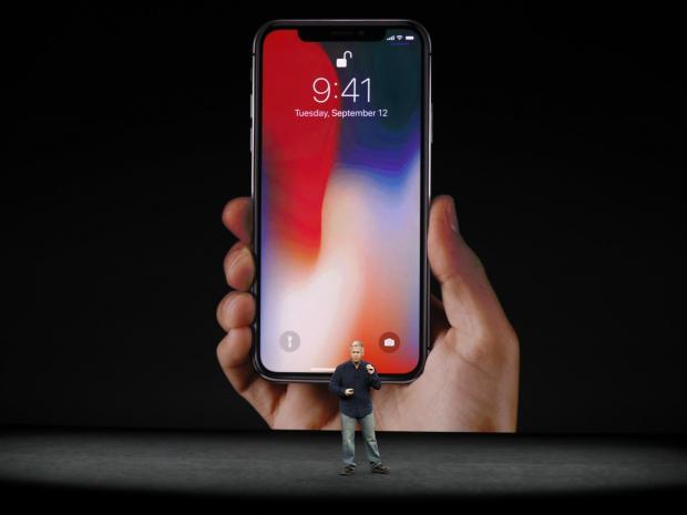 iPhone X trong lễ ra mắt ngày 12/9 theo giờ Mỹ.