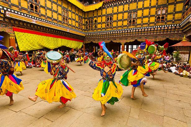 Lễ hội đầy màu sắc ở Bhutan.