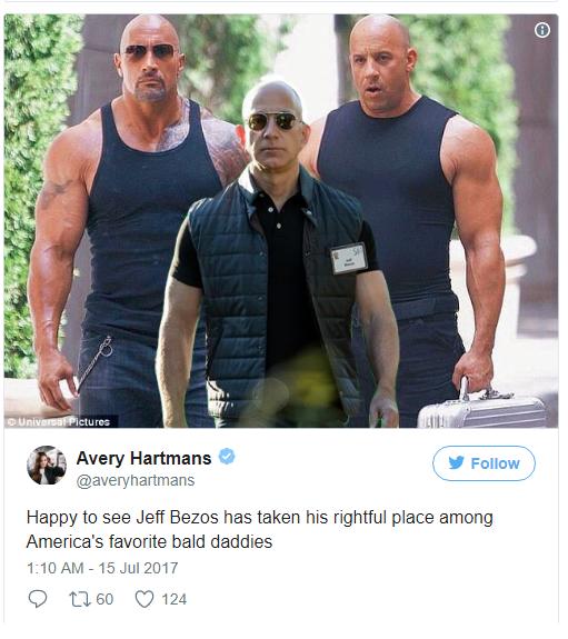 Thật mừng khi nhìn thấy Jeff Bezos trở về đúng chỗ của mình trong nhóm những người hói được hâm mộ của nước Mỹ