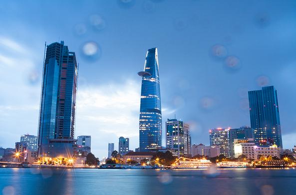 Kinh tế Việt Nam có sự tăng trưởng mạnh mẽ trong những năm qua.