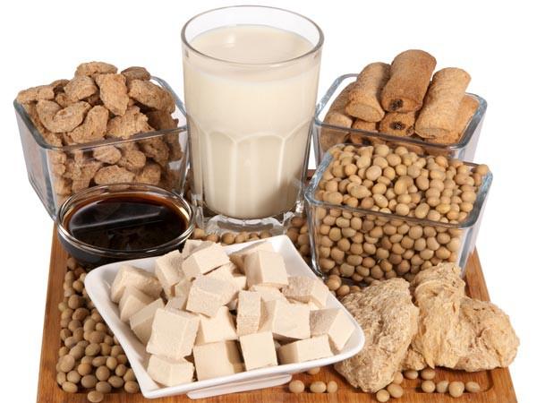 Đậu nành và các thực phẩm từ đậu này có khả năng làm giảm nguy cơ mắc ung thư vú.