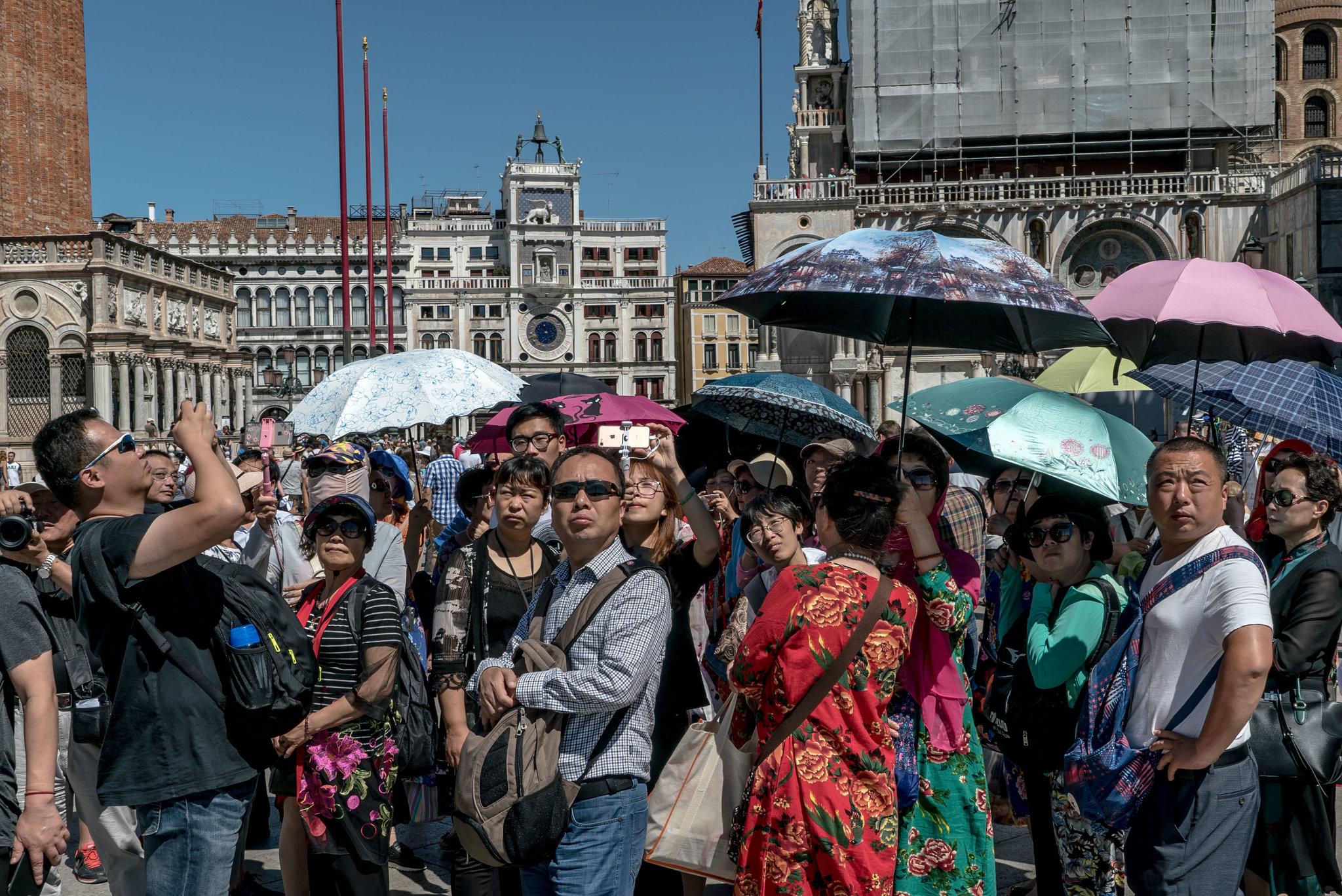 Venice: Thành phố tình yêu bị bức tử bởi… tình yêu - Ảnh 2.