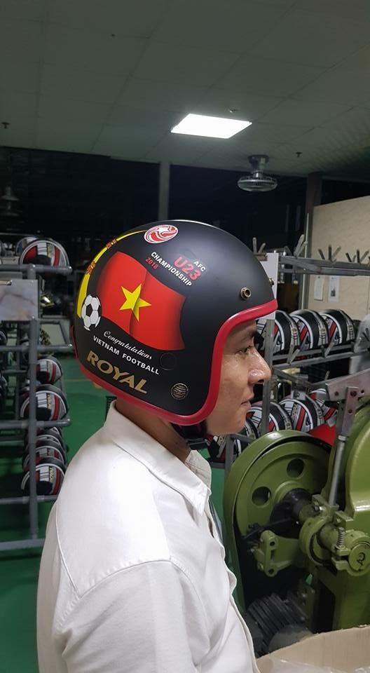 Sản phẩm cổ vũ đội tuyển U23 Việt Nam hút hàng chưa từng thấy - Ảnh 5.