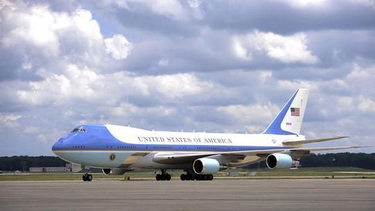 Mỹ chi 24 triệu USD thay tủ lạnh chuyên cơ tổng thống - Ảnh 1.