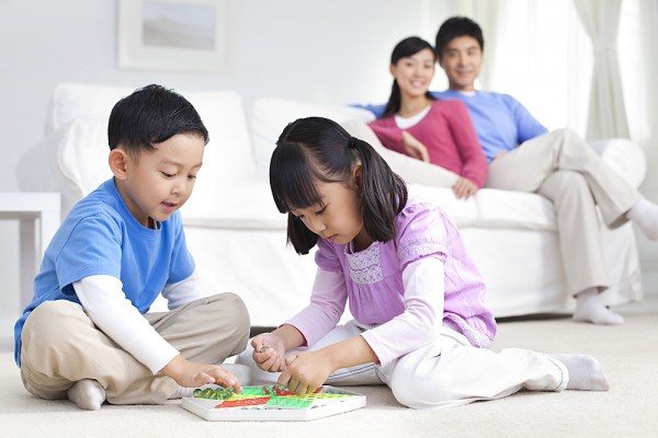 Muốn con hạnh phúc thì đừng dạy con làm thế nào để thành công, hãy dạy con lớn lên một cách tự tin và biết yêu thương - Ảnh 3.