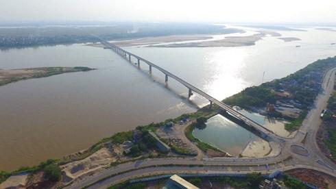 Chính thức thông xe cao tốc Hòa Lạc – Hòa Bình và cầu Văn Lang - Ảnh 2.